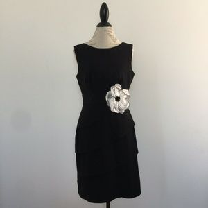 Connected Apparel Black White Flower Tiered Dress